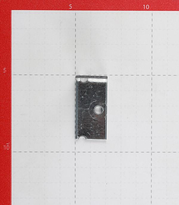 Уголок соединительный оцинкованный 40х40х20х2 мм фото