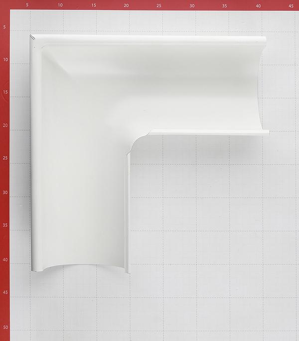 Угол желоба Grand Line металлический внешний d125 мм 90° белый RAL 9003 фото