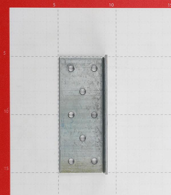 Уголок соединительный оцинкованный 40х40х100х2 мм фото