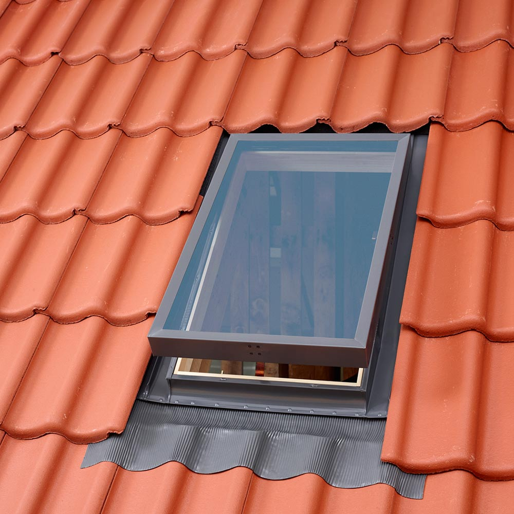 Окно-люк для нежилых помещений Velux VLT 033 1000 850х850 мм