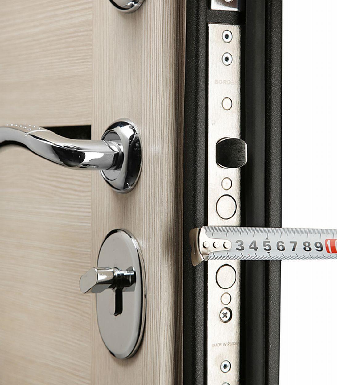 Дверь входная Garda правая черный муар - лиственница мокко со стеклом 860х2050 мм фото