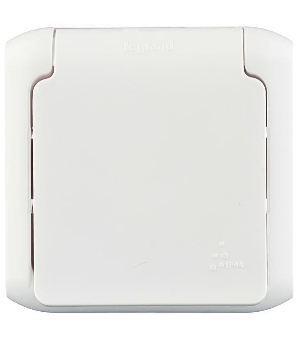Розетка LegrandQuteo о/у с заземлением с крышкой влагозащищенная IP 44 белая розетка двойная legrandquteo о у с заземлением с крышкой влагозащищенная ip 44 белая