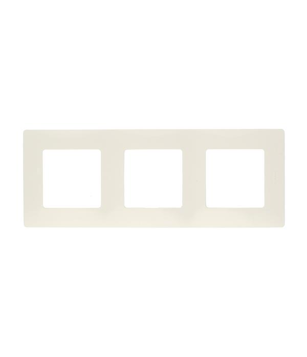 Рамка трехместная универсальная  Legrand Etika белая рамка legrand etika с защитной крышкой ip44 белый 672550