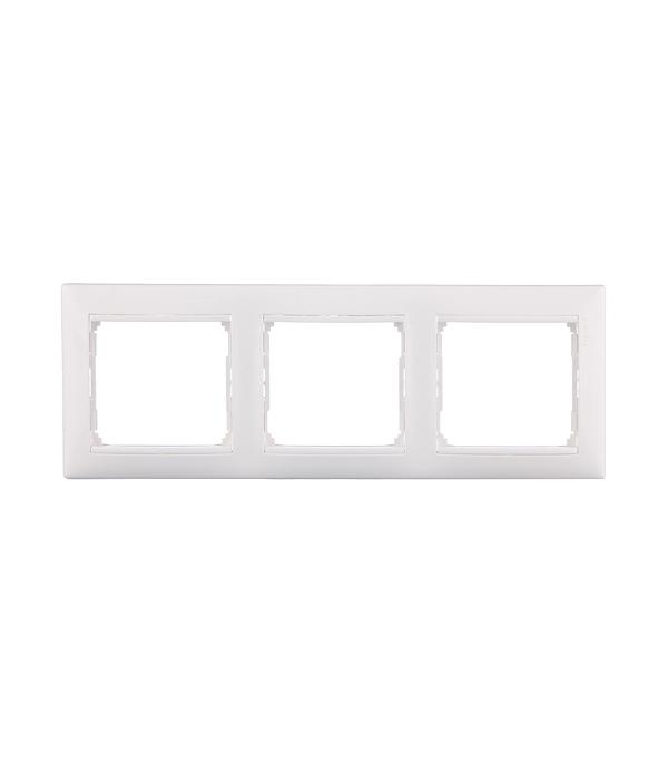 Рамка трехместная Legrand Valena белая  рамка legrand valena четырехместная белая 774454