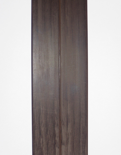 Уголок пластиковый универсальный  гибкий 20х20х2700 мм венге 176
