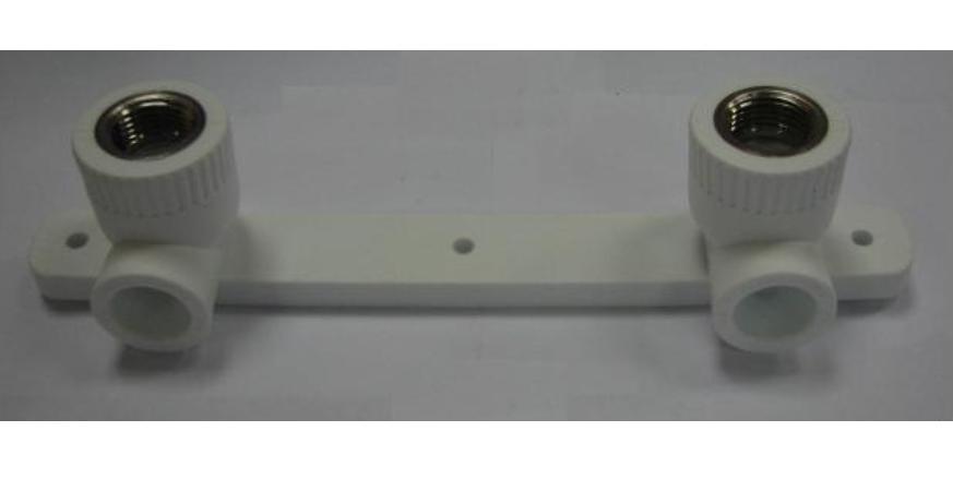 Планка монтажная полипропиленовая с двумя водорозетками 20х1/2