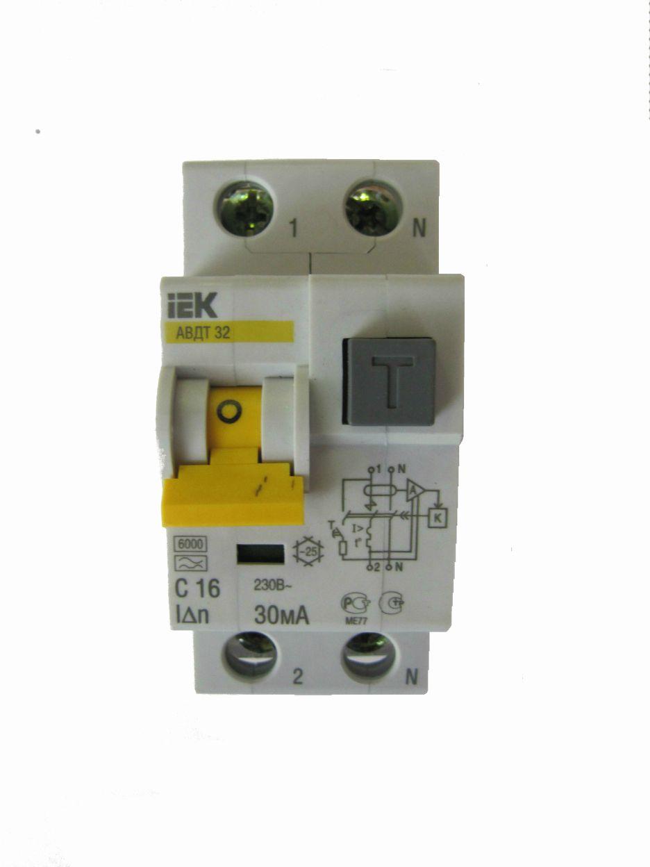 Автомат дифференциальный 1P+N, 16А, тип C, 30мА, 6kA, ИЭК, АВДТ 32